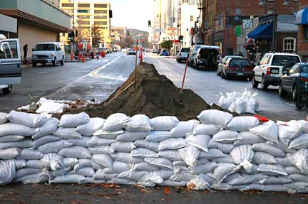 Sandbagging, West & 1st Streets